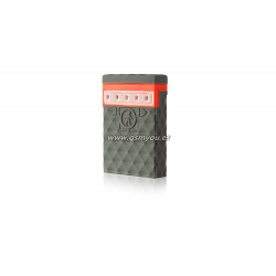 OUTDOOR TECH KODIAK MINI 2.0 POWER BNAK CON LUZ LED 2600mAh